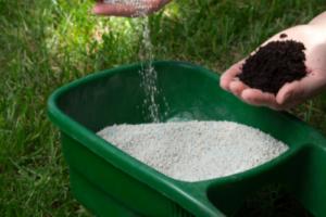 Bemesting tuin - welke soorten meststoffen zijn er? WOODcom